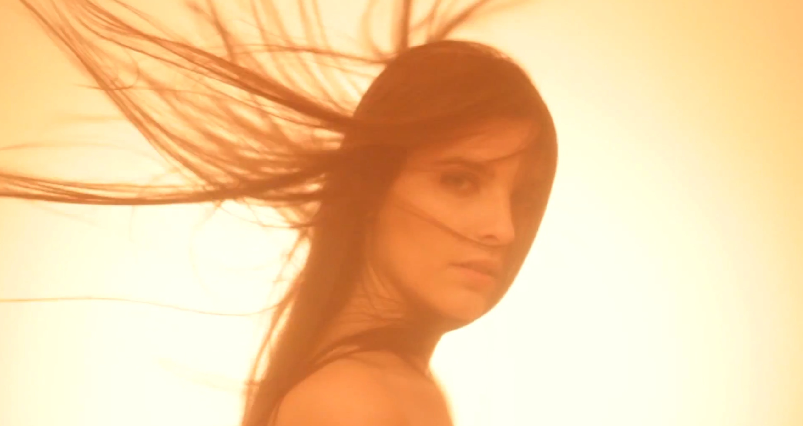 Rachel Row「Follow The Step」声がキレイで美人! デビューEP (2012年作品)