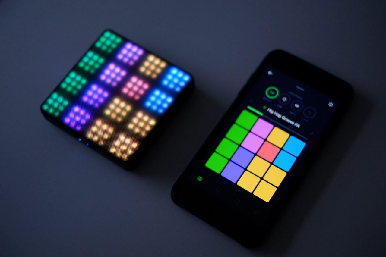 おしゃれデザインの本格タッチパッド電子楽器「ROLI BLOCKS」